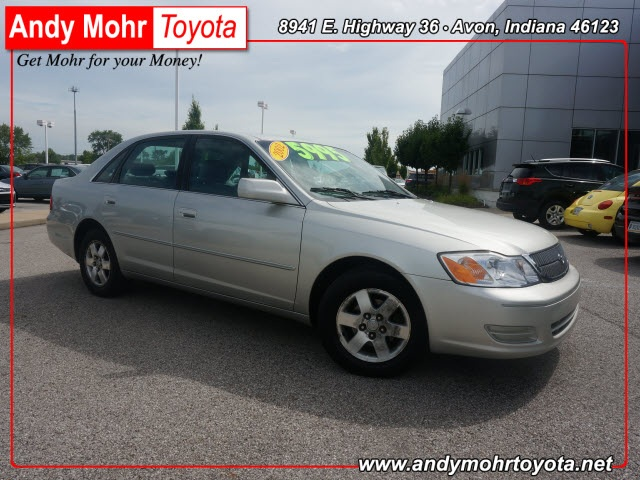 2002 Toyota Avalon XL 4D Sedan