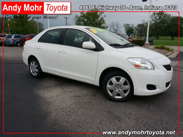 2012 Toyota Yaris  4D Sedan